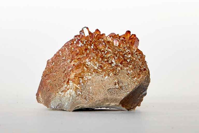 Aura Quartz Cluster Light Copper